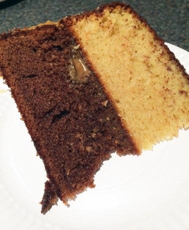 Double layer hot milk sponge cake